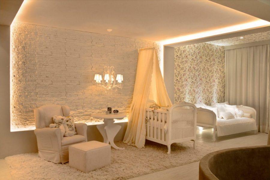 Um quarto de bebê moderno e minimalista